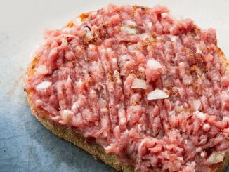 Hepatitis E in Frankrijk vooral door rauwe varkensvleesproducten