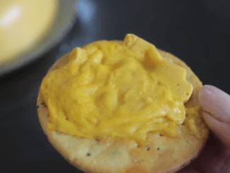 """""""Ceci n'est pas un fromage"""""""